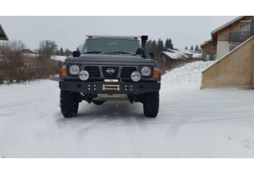 Front bumper without buffers and holes Nissan Patrol Y60