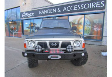 Front bumper without buffalo with holes for lamp Nissan Patrol Y60