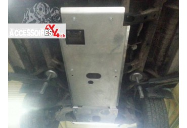 Nissan Patrol Y61 manual transmission cover