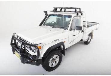 Premium steel bullbar Toyota 75 series