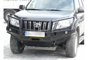 Front bumper with buffalo Nissan Navara D23