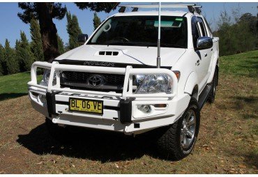 Premium steel bullbar Toyota Hilux 2005-2011