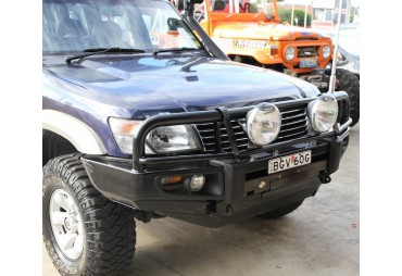 Premium steel bullbar Nissan Patrol 1997-2004